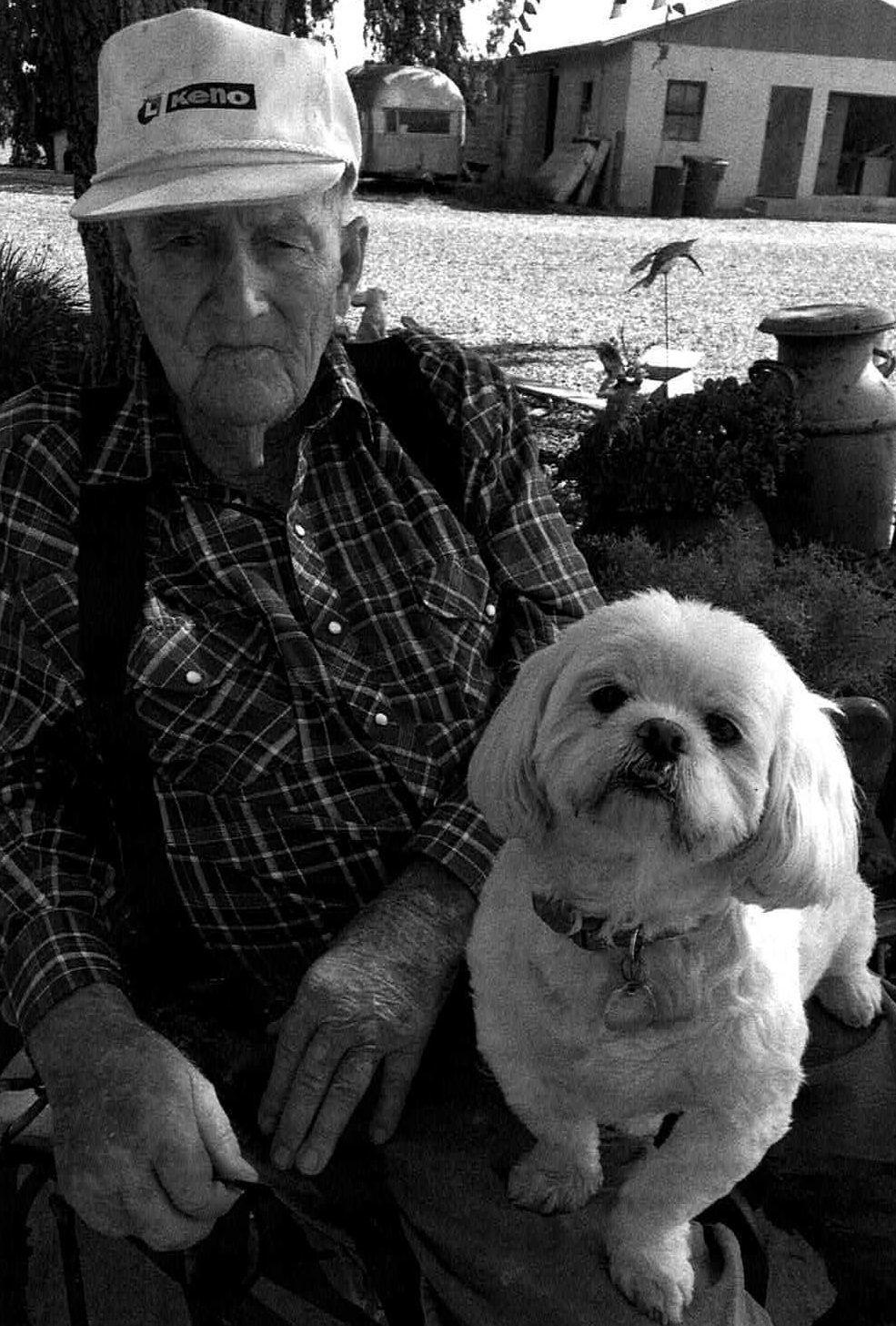 Remembering Hanford neighbors: Recent obituaries | Local