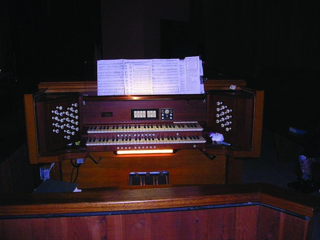 First Presbyterian Church organ