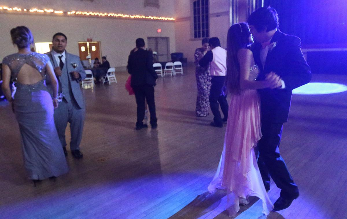 Hanford high schools prom