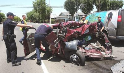 Hanford man injured in car accident on 10th Avenue