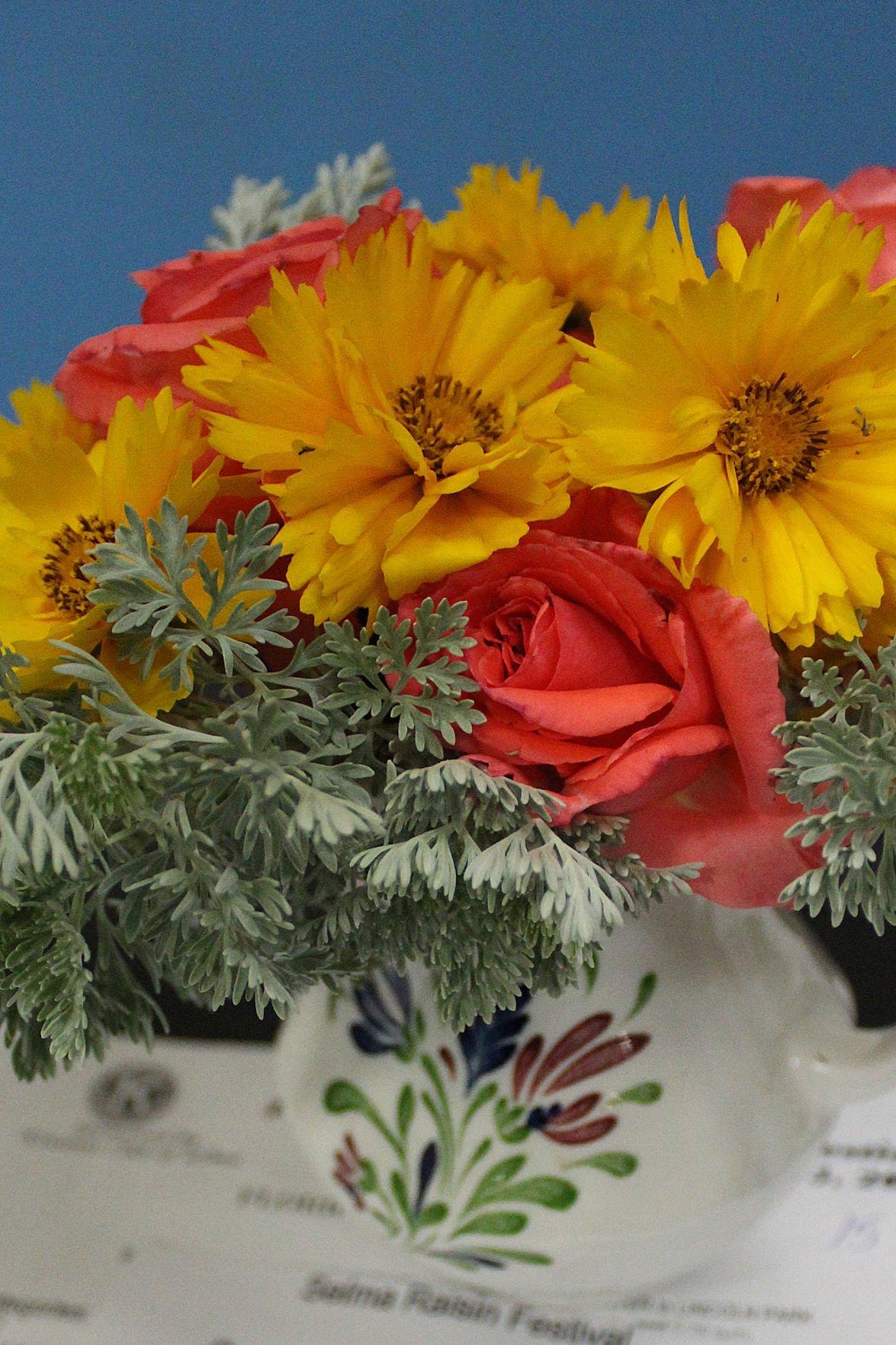 Raisin Festival: Floral
