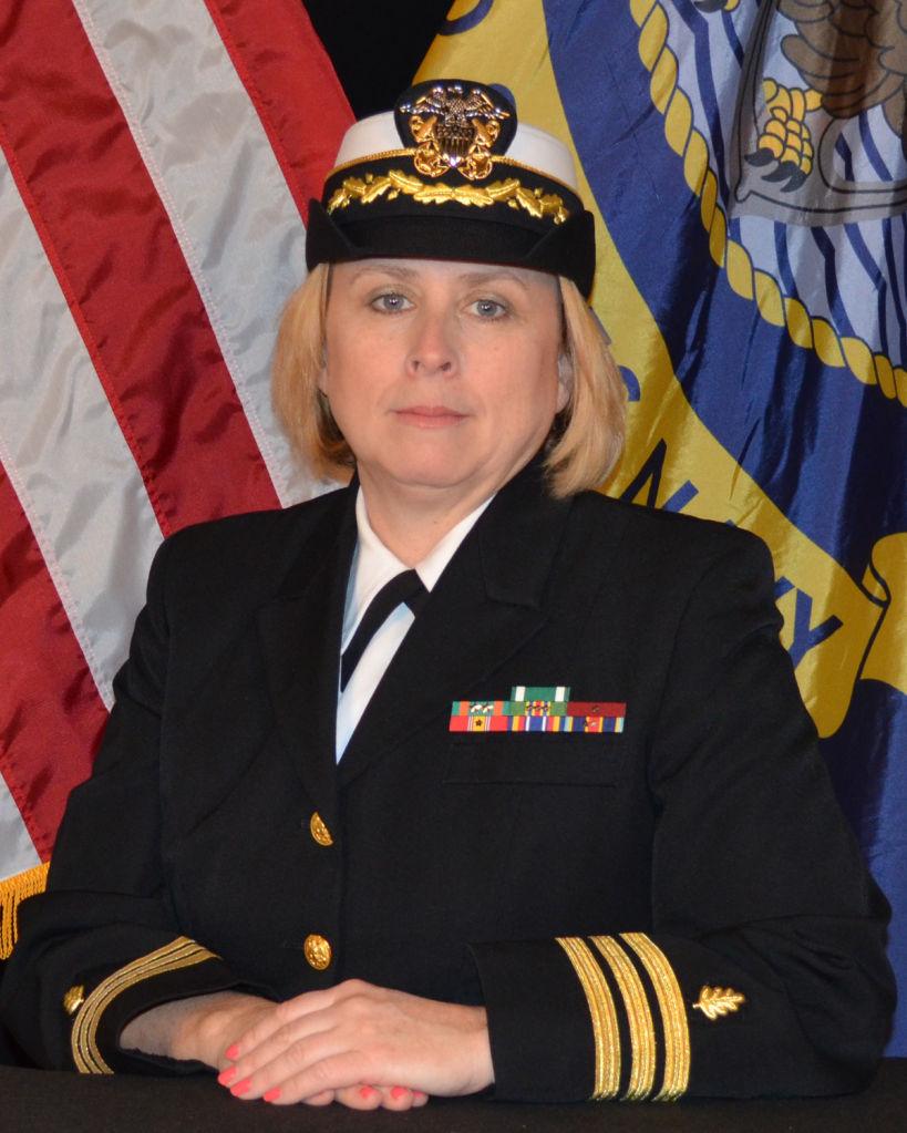 Lemoore Naval Hospital commander says goodbye