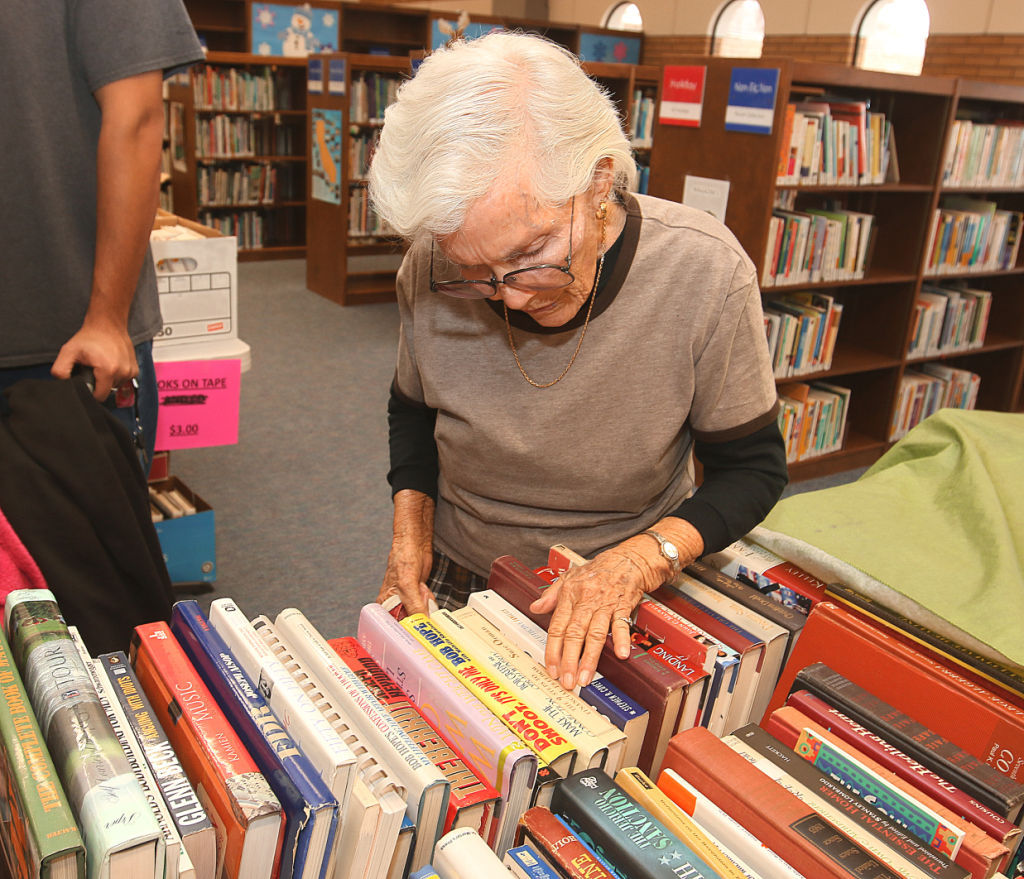 Holiday book sale at library
