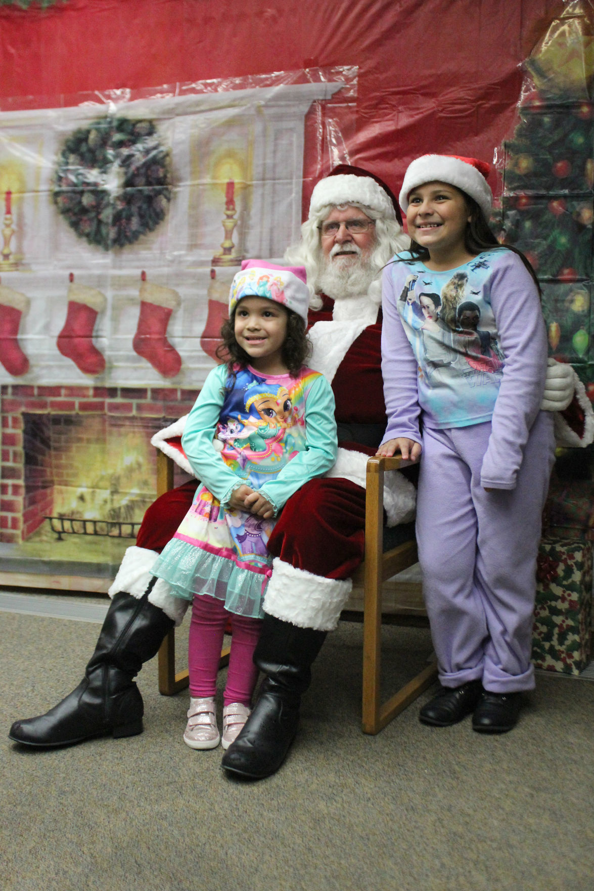 Santa: Picture time