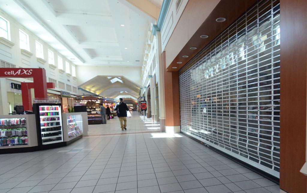 Hanford Mall