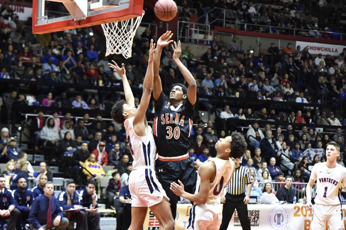 Selma basketball: Tiveon Stroud