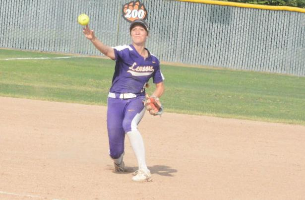 Lemoore's season comes to an end in quarterfinals