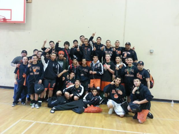 Selma Wresters Three Peat As Valley Champs