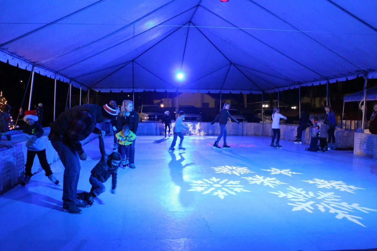 Community Christmas: Ice rink