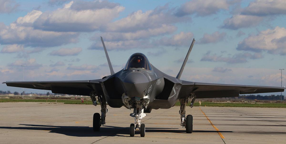 First F-35 jets arrive at NASL