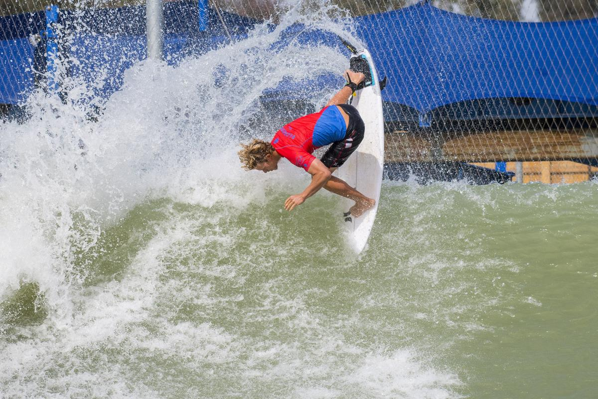 Wave-pool contest in Lemoore showcases surfing of the future
