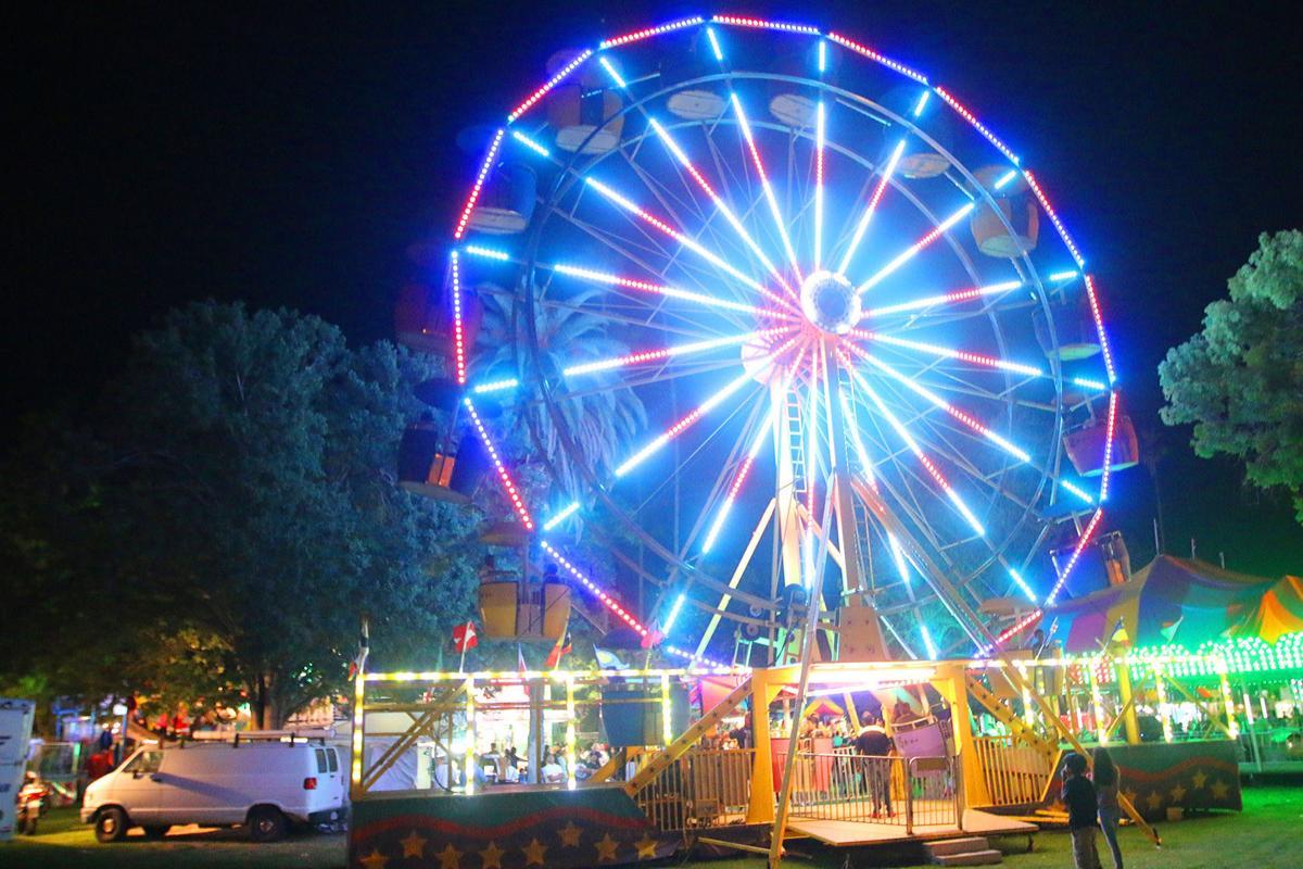 Raisin Festival: Ferris wheel