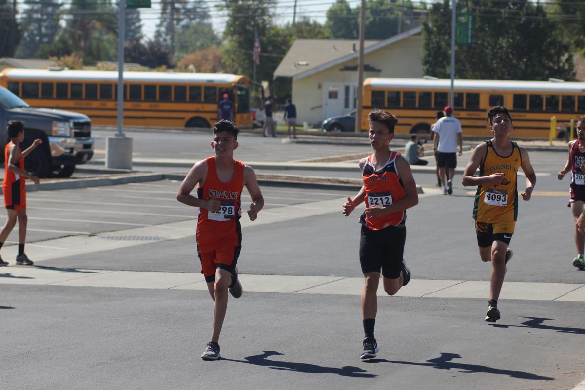 Kingsburg hosts cross country meet