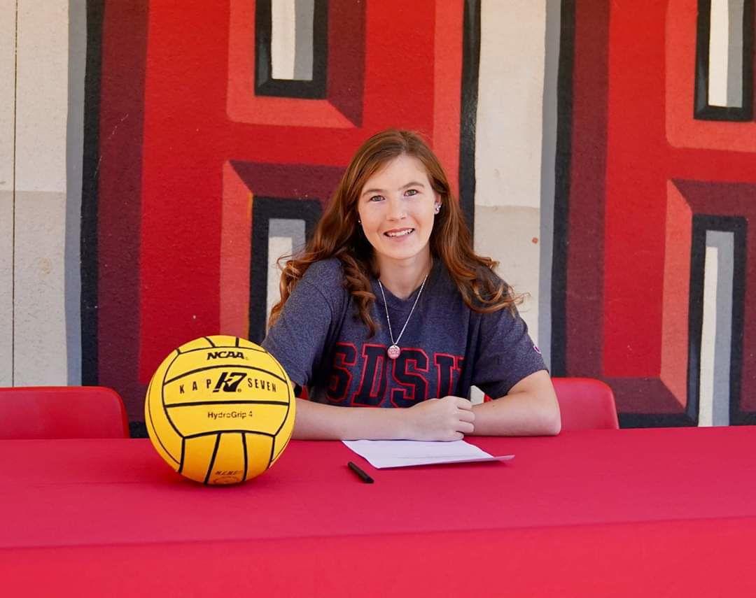 Hanford's Gwen Gardner signs NLI with SDSU