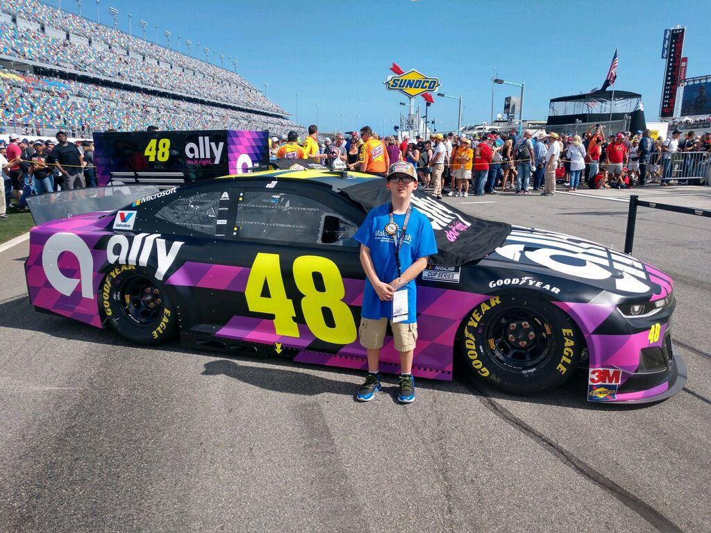 Selma boy visits Daytona 500 for Make-A-Wish trip