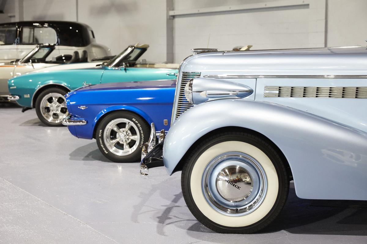 Monterey__Monterery_Touring_Vehicles_Amanda_Friedman_0405_Full_Rights.JPG