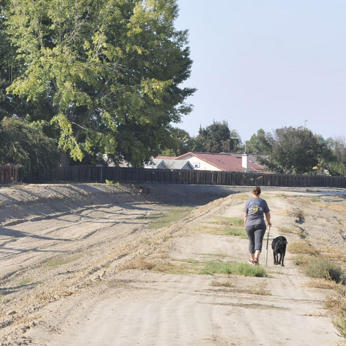 Lemoore leaders look to the east for new developement