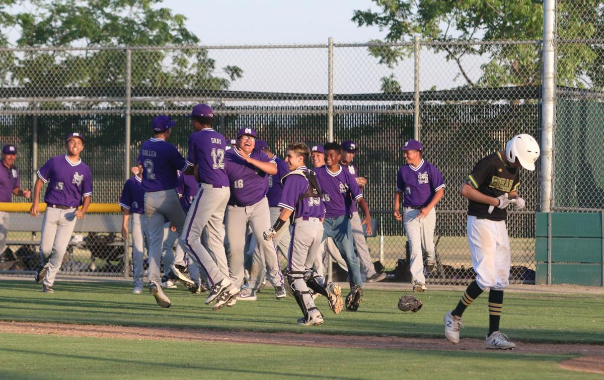 Top-seeded Golden Bears upset by No. 16 seed in extra innings
