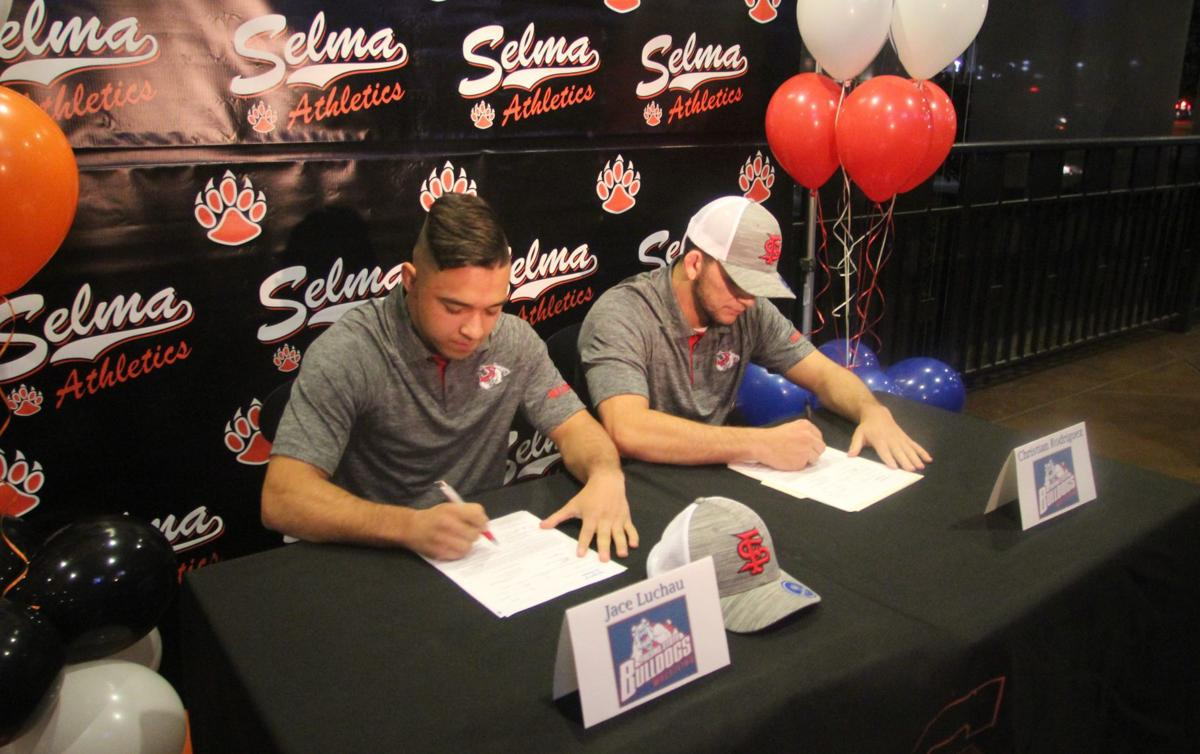 Jace Luchau & Christian Rodriguez sign to Fresno State