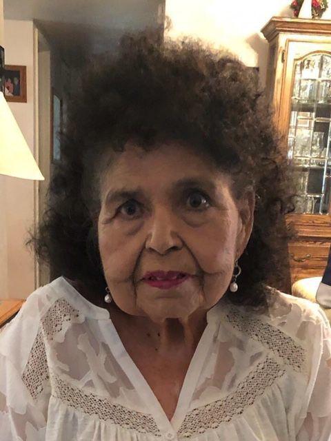 Dora Puente