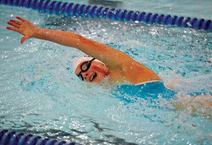 9 20 Sports Bee swim freestyle.jpg