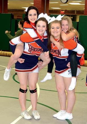 Bridgman cheerleaders get competitive | Sports