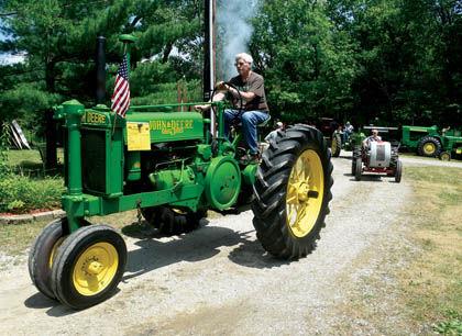 7 26 Tractors 1 Leon Keller JD rolls.jpg