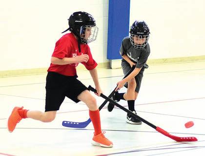 1 24 Floor Hockey 1 Majors Rochefort Grams duo.jpg
