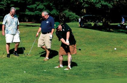 8 9 Bettys Golf 1 trio chip shot.jpg