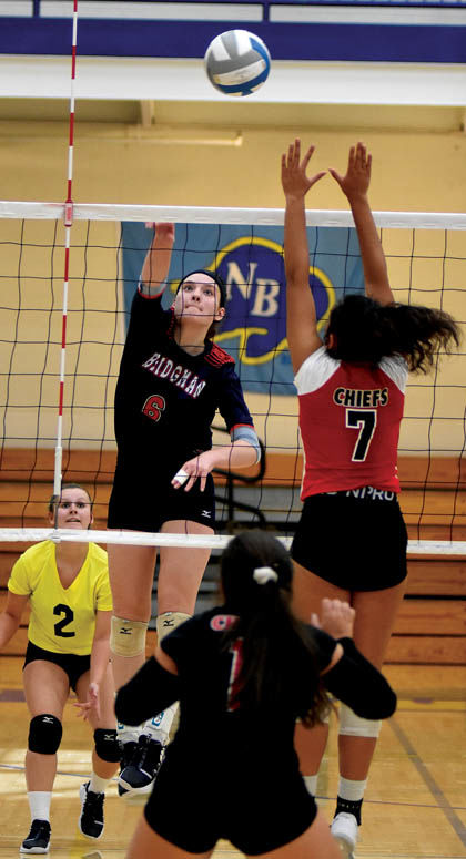 9 20 Sports Volley 2 Bee Goff Hits.jpg