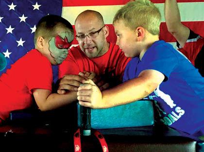 6 14 Arm Wrestle kids.jpg