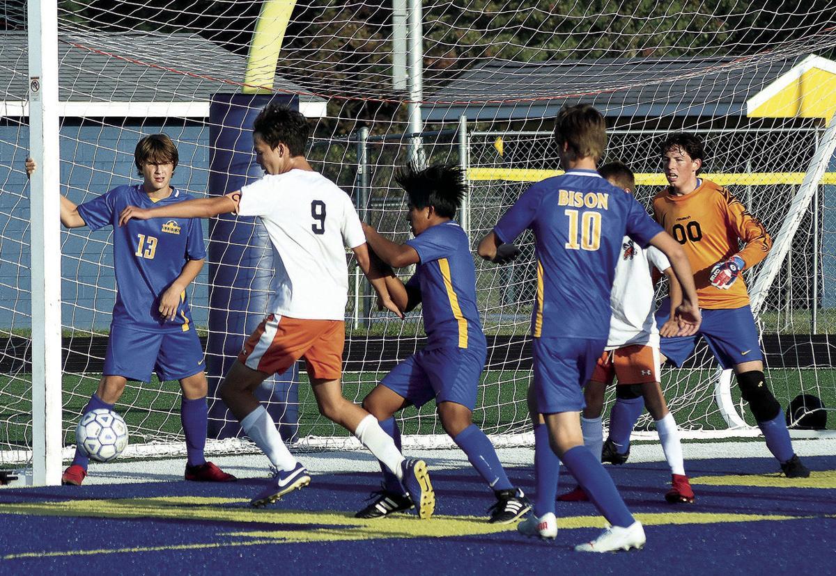 9 30 Sports 2 SOC BEES NB 9 at goal