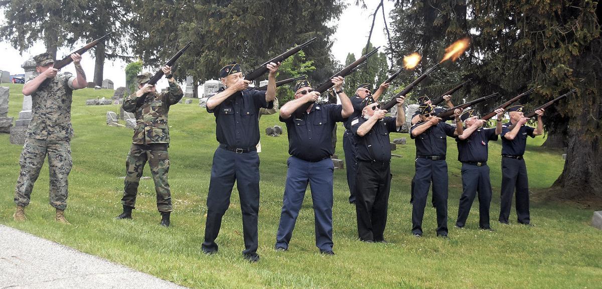 6 3 A1 Mem Day 1 3 Oaks fire a salute.jpg