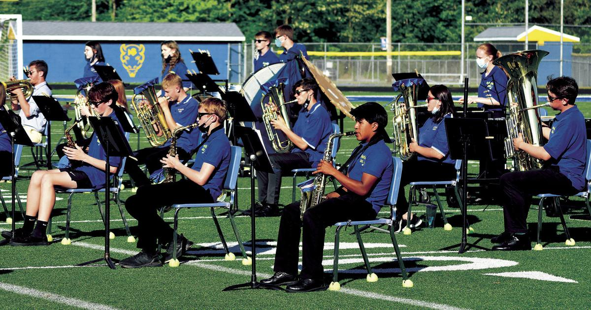 6 3 Bands 1 NB HS big group.jpg