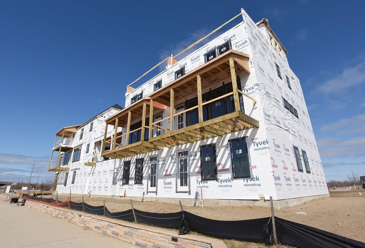 210306-HP-housing-construction2-photo.jpg