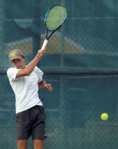 10 14 Sports Tennis Trey Heyn