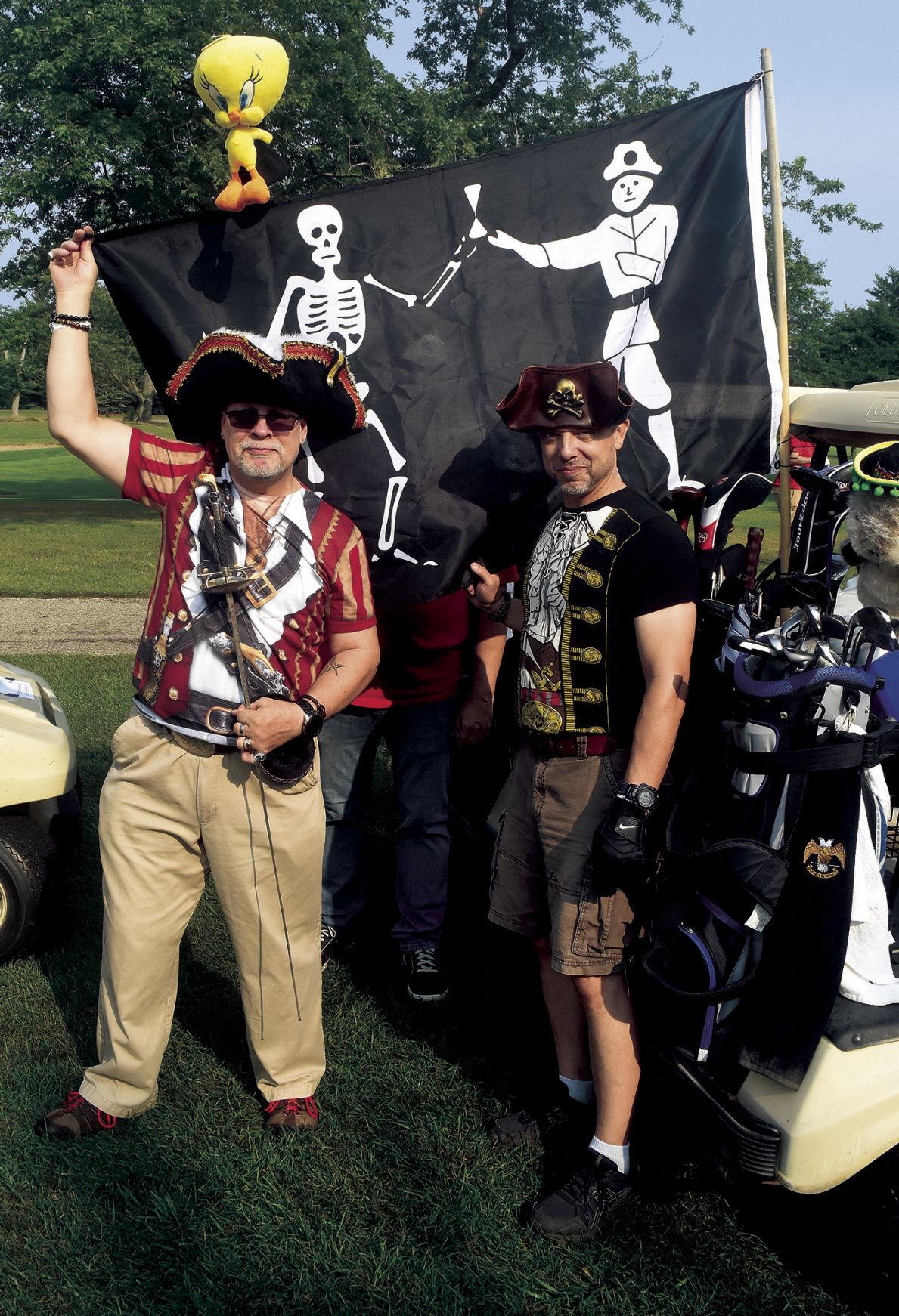 8 19 Bettys Golf 2 Pirates.jpg