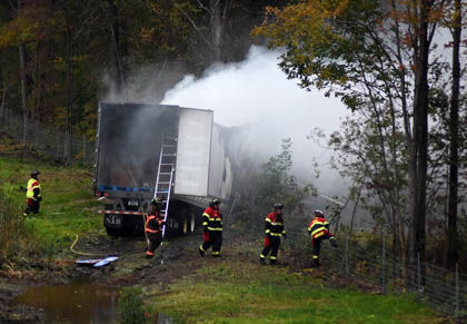 WEB Truck Crash 1.jpg