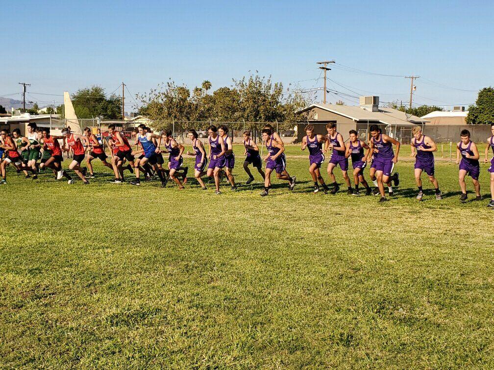Lake Havasu boys start race