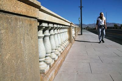 London Bridge railing fixed