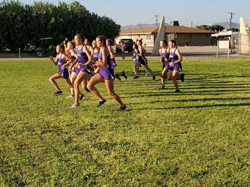 Lake Havasu girls start race