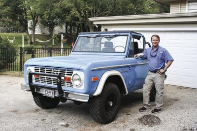 Yates documents history for the masses in Texas