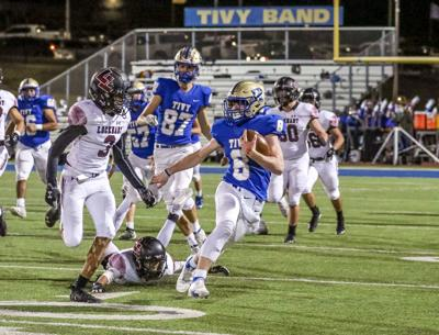 Antlers down Lockhart 17-3 in district opener