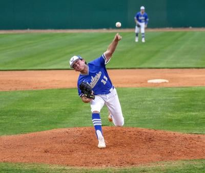 Antlers remain perfect in district, take tourney win