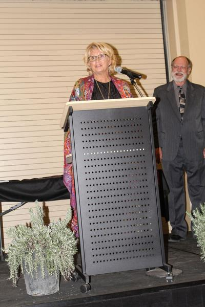 Chamber hosts annual banquet, doles out awards