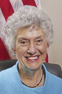 Summerlin files for Place 1 council seat