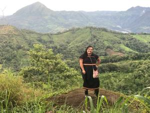 SU Alumna joins the Peace Corps, reports to Panama