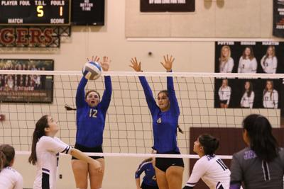 Lady Antlers down LBJ, advance in playoffs