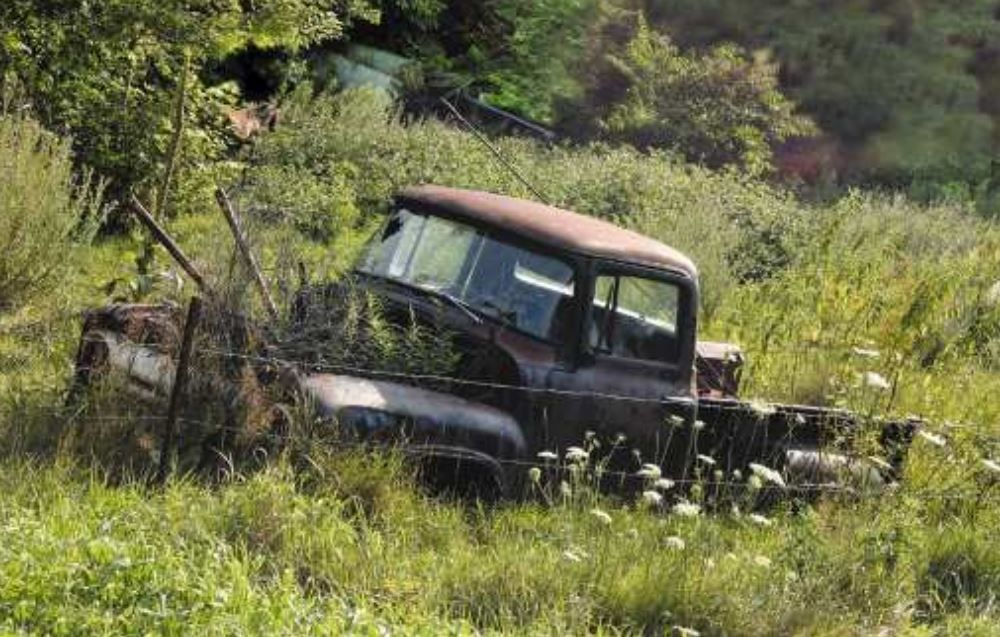 Remove junk vehicles from springtime landscape for free | Local ...