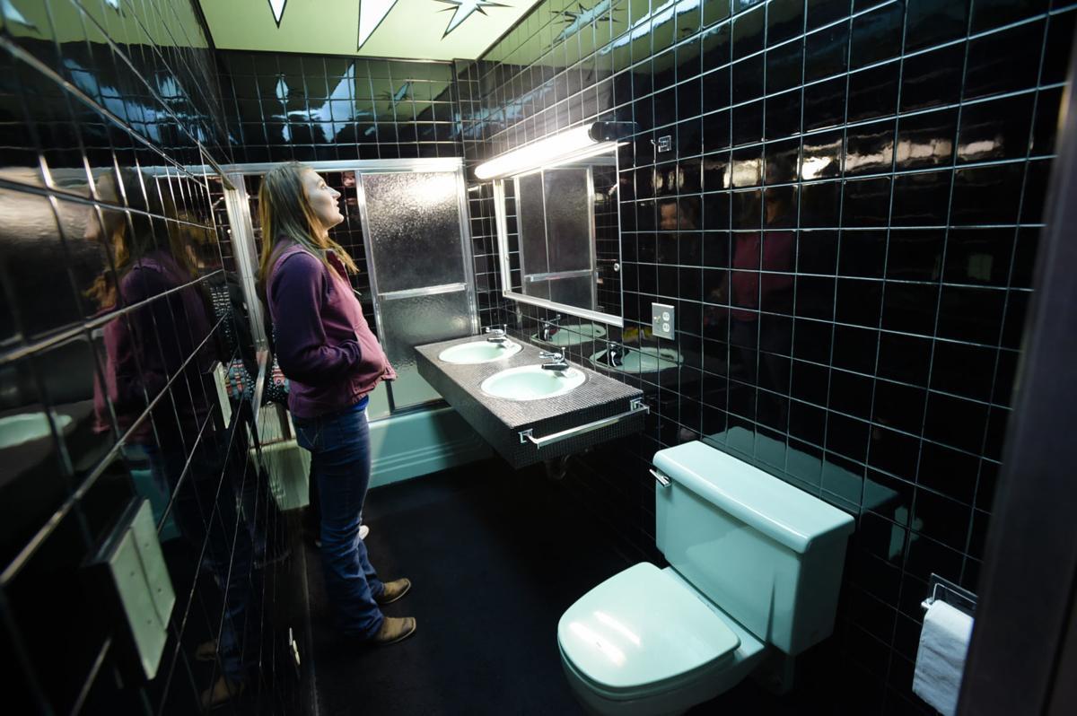 Big Dorothy's bathroom